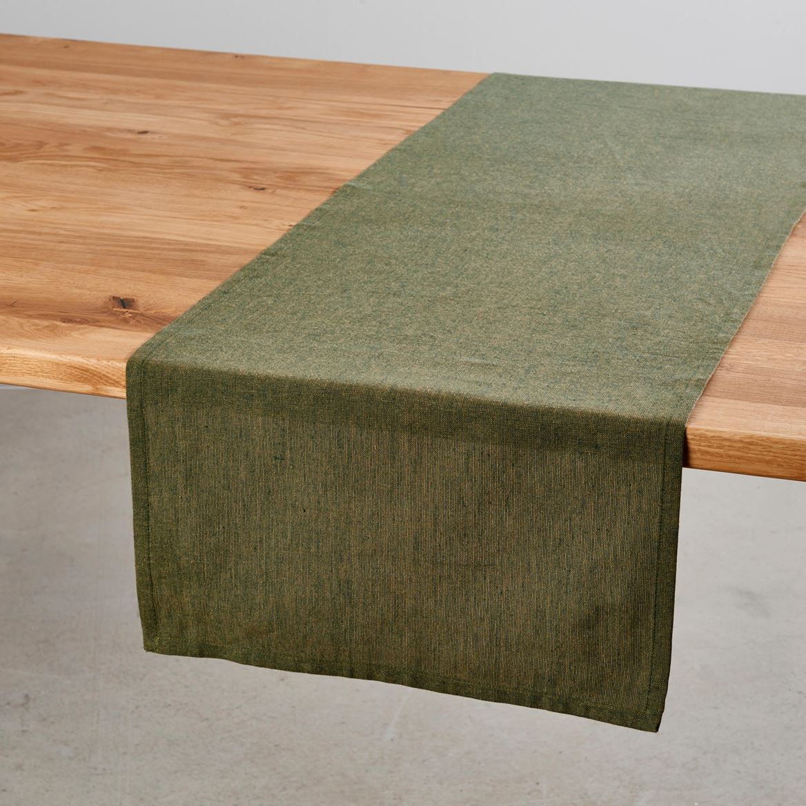chambray chemin de table vert gazon produits feelgood. Black Bedroom Furniture Sets. Home Design Ideas
