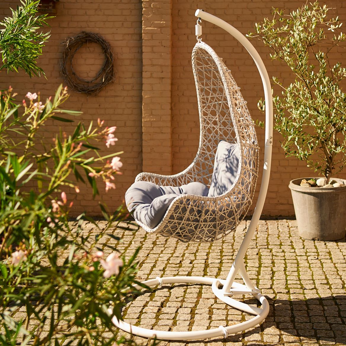 NEW WINGS Silla colgante off grey A 123 x An. 79 x P 64 cm_new-wings-silla-colgante-off-grey-a-123-x-an--79-x-p-64-cm