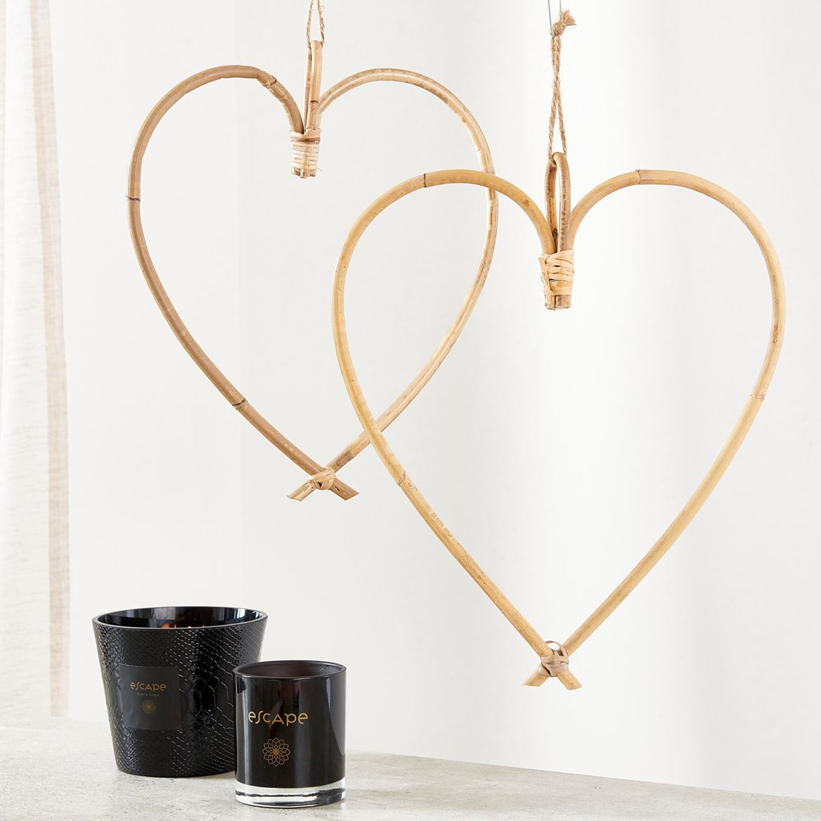 HEART Hangdecoratie naturel H 37 x B 33 cm_heart-hangdecoratie-naturel-h-37-x-b-33-cm
