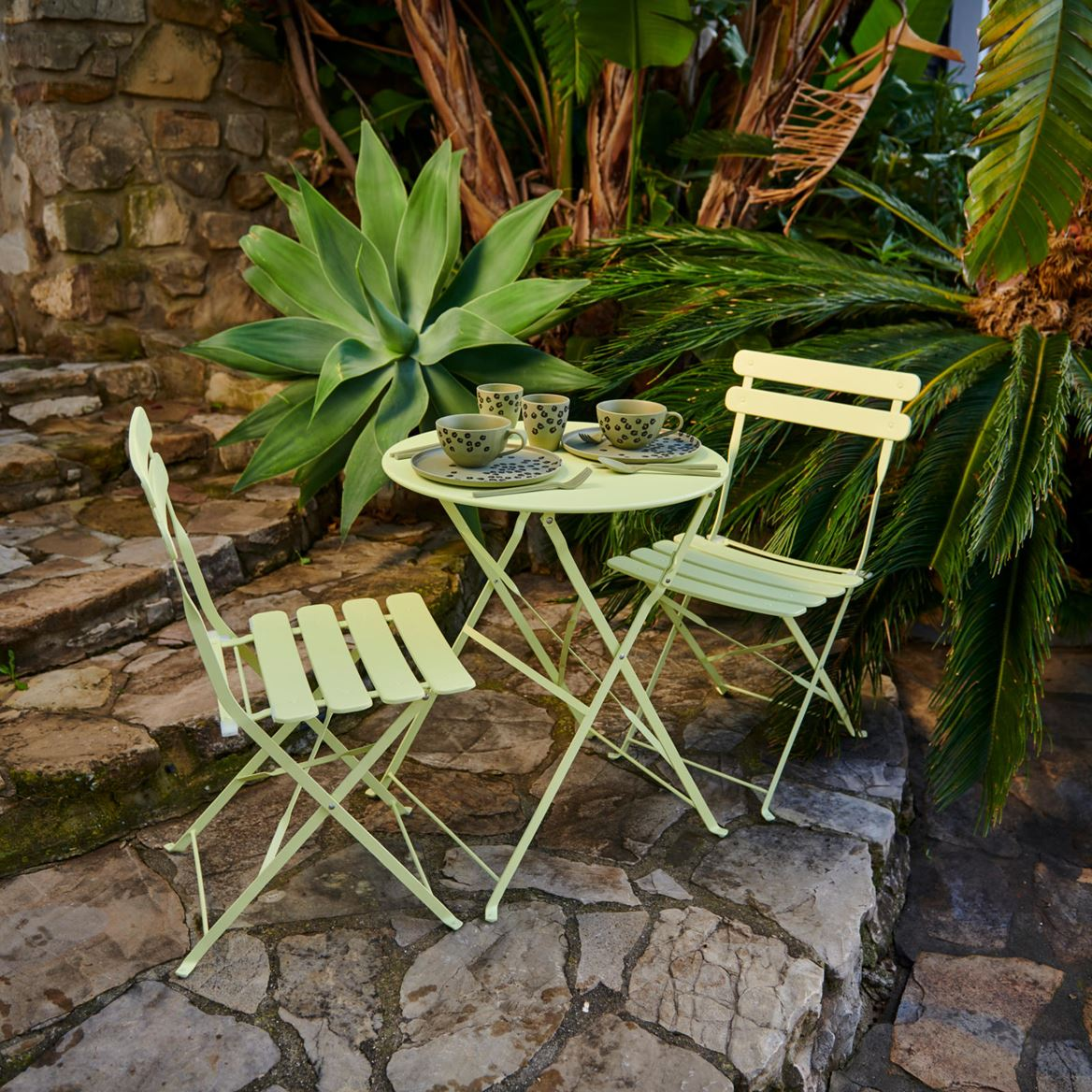 IMPERIAL Bistro chaise lime H 82 x Larg. 42 x P 46,5 cm_imperial-bistro-chaise-lime-h-82-x-larg--42-x-p-46,5-cm